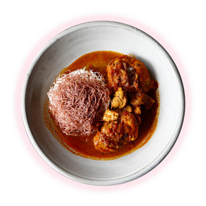 Chicken Curry, Stringhoppers (gf)