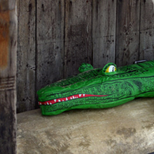 Load image into Gallery viewer, Inflatable Crocodile