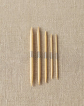 Load image into Gallery viewer, Cocoknits Magnetic Bamboo Cable Needles (set of 5)