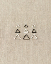 Load image into Gallery viewer, Cocoknits Magnetic Original Triangle Stitch Markers