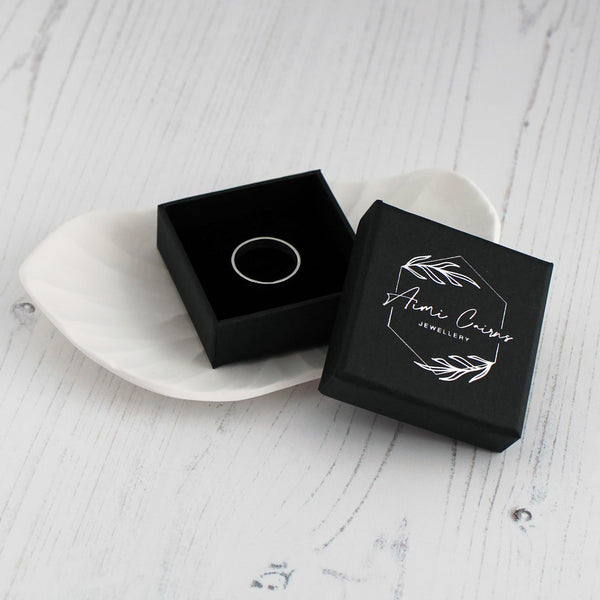 aimi cairns jewellery ring in box