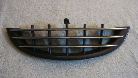 03-05 PT CRUISER FRONT LOWER GRILLE PURPLE IN COLOR