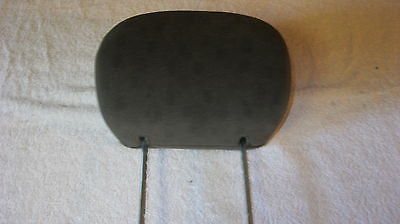 01-05 PT CRUISER DRIVER SIDE FRONT SEAT CLOTH HEADREST GRAY IN COLOR-- OEM