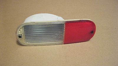 01 - 05  PT CRUISER DRIVERS SIDE REAR BACK UP LIGHT--OEM