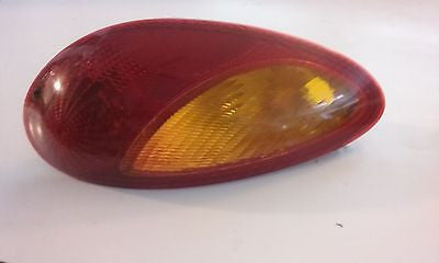 01-05 PT CRUISER  DRIVER SIDE REAR TAIL LIGHT--OEM