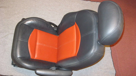 03 PT CRUISER PASSANGER SIDE FRONT SEAT- SERIES 2 - ORANGE IN COLOR -- OEM