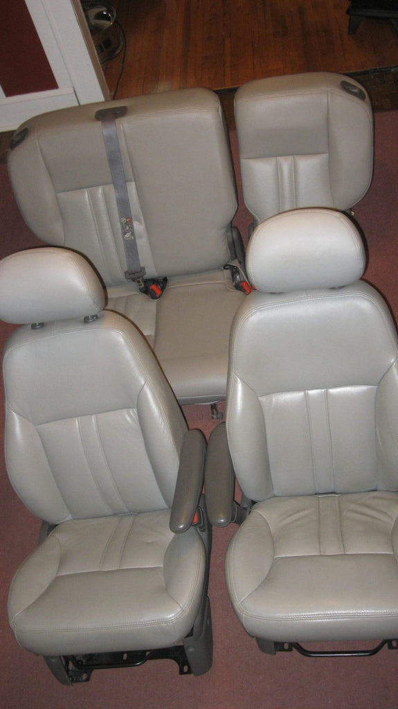 01-05 PT CRUISER COMPLETE SET OF FOUR SEATS RECOVERED- TAN IN COLOR