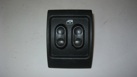 01 - 05 PT CRUISER REAR WINDOW SWITCH IN CONSOLE - BLACK IN COLOR -- OEM