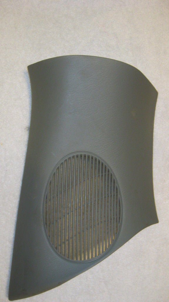 01-05 PT CRUISER DRIVERS SIDE REAR PLASTIC SPEAKER COVER WITH -TRIM -GRAY--OEM