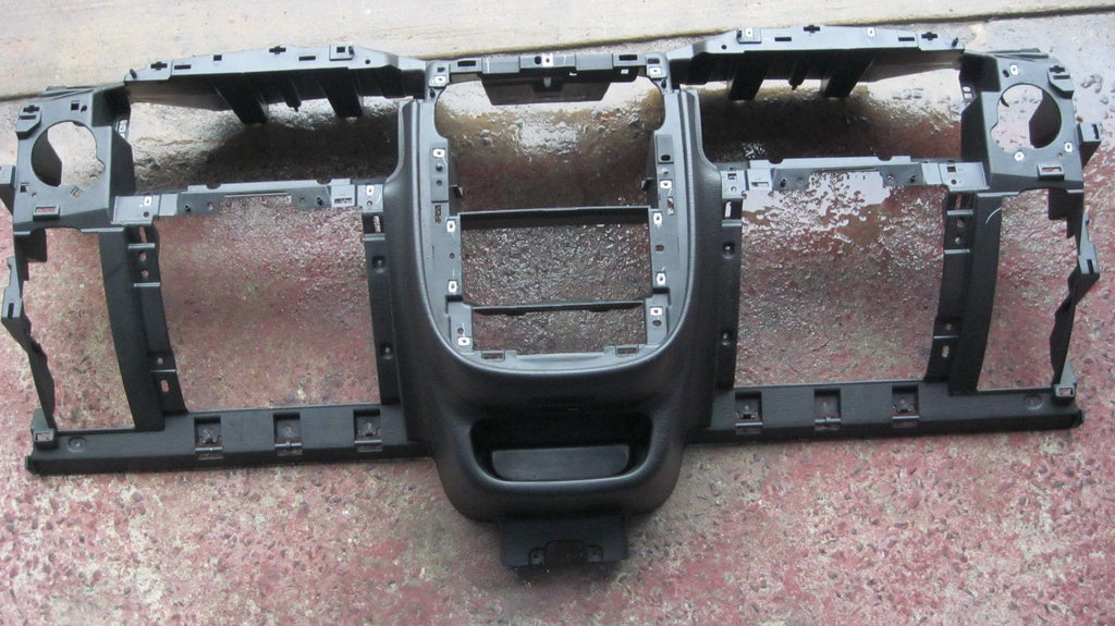01-05 PT CRUISER PLASTIC DASH FRAME ASSEMBLY -- BLACK IN COLOR -- OEM