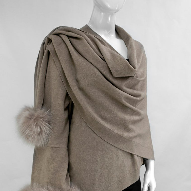 Beige Knitted Wrap With Fox Trim