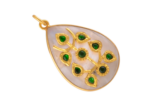 JADAU PENDANT IN MOONSTONE