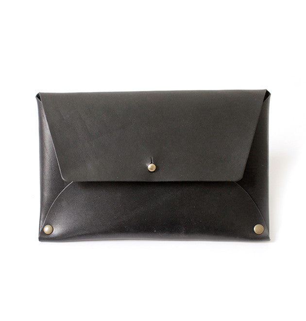 Thalia Clutch - Black