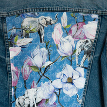 Load image into Gallery viewer, Levi's denim jacket, Blue Magnolia Elephants design