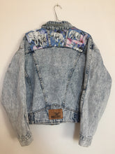 Load image into Gallery viewer, 'Nuovo industriale' Denim jacket, Blue Magnolia Elephant design