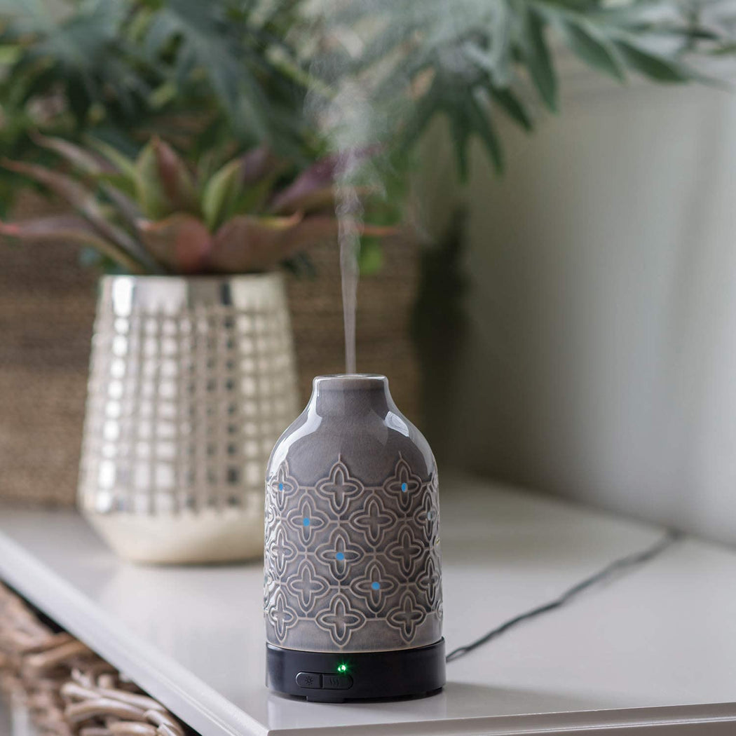 Jasmine Ceramic Essential Oil Diffuser - 4 Hour