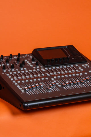 sound equipment with orange back drop