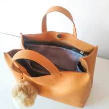 Load image into Gallery viewer, CHOU Tote Bag 100% Handmade Leather
