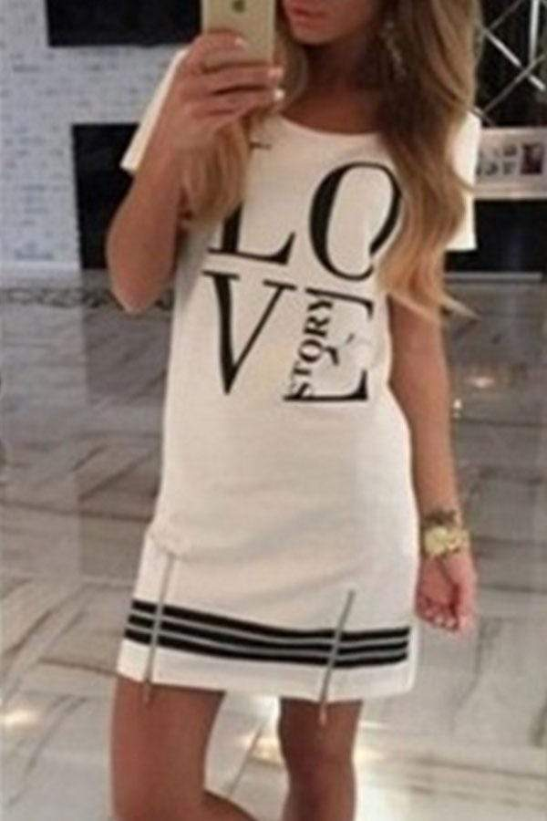 Round Neck  Zipper  Letters  Short Sleeve Casual Dresses
