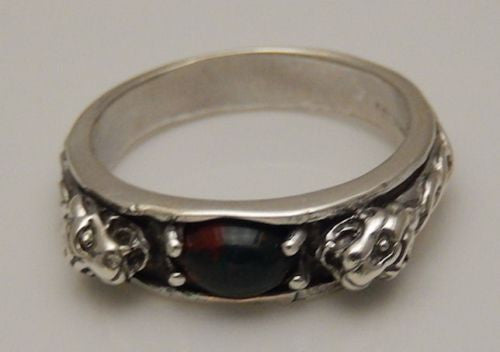 Celtic LION Ring in .925 Sterling SILVER - LION Leo Ring Bloodstone Warrior Royalty Jewelry
