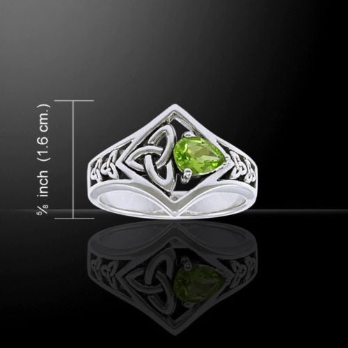 Celtic Triquetra Ring in .925 Sterling Silver with Peridot Gem - Gorgeous TRINITY KNOT Ring