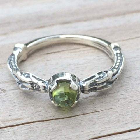 Celtic Dragon Ring .925 Sterling Silver w/ Genuine Peridot gemstone
