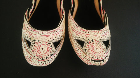 Fancy Embroidery Khussa Sandal Indian/Pakistani Traditional Ethnic Jutti Khusa Majori Sandal Size 8.5