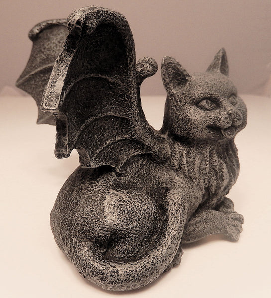 Medieval cat gargoyle statue chimera winged kitty for Gargoyle decor