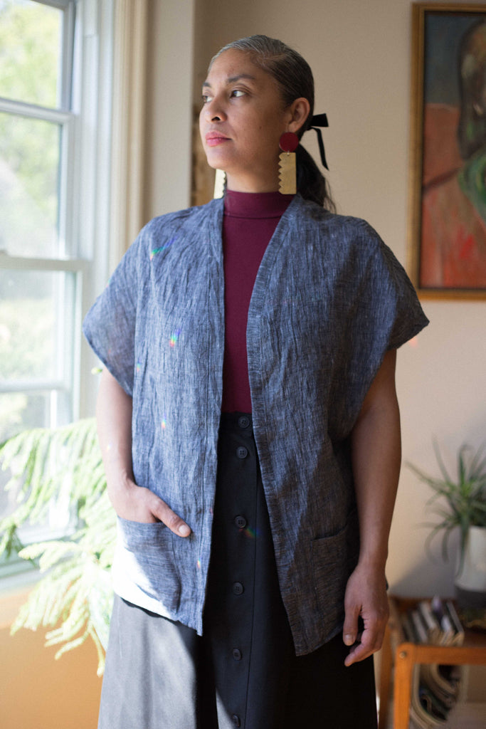 We Are Stories by Tracy Fillion Imogen Top Made in British Columbia Canadian Fashion 100% Linen Summer Cardigan Top Victoire Boutique Navy Linen