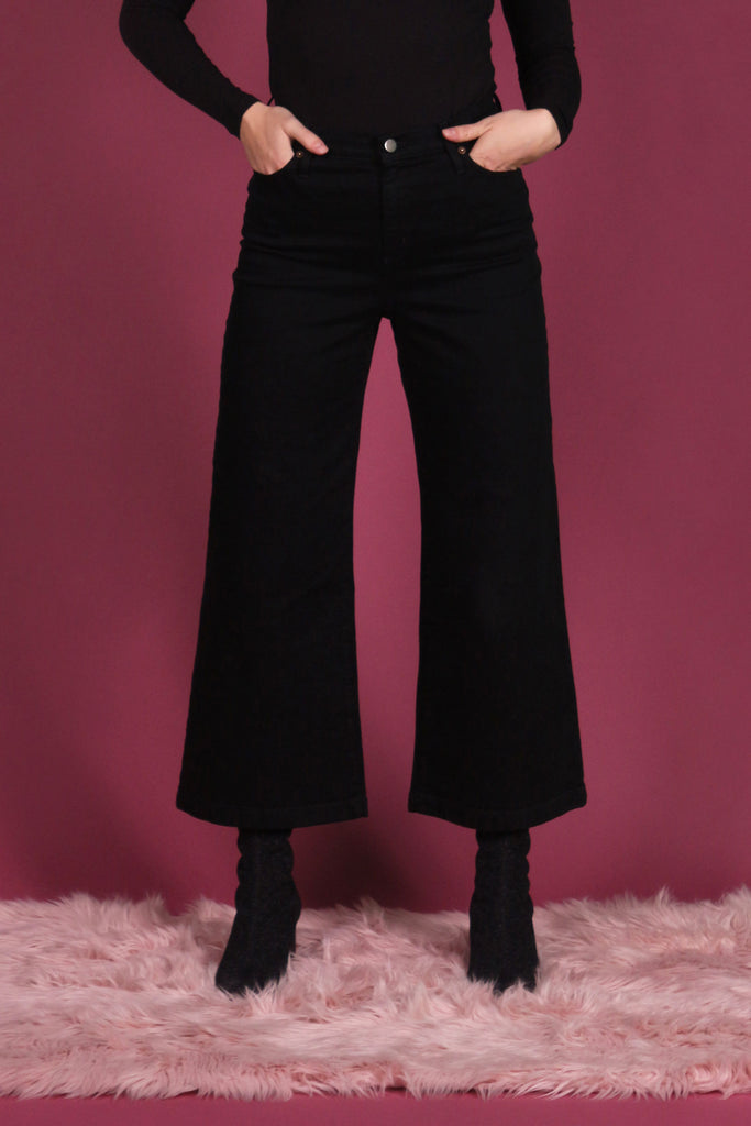 Iris Denim Toronto Edge of Seventeen Jeans Wide Leg Flared High Waisted 70s style Cropped bell bottom jeans perfect fit Black Jeans Made in Canada Made in Canada Denim Victoire Boutique