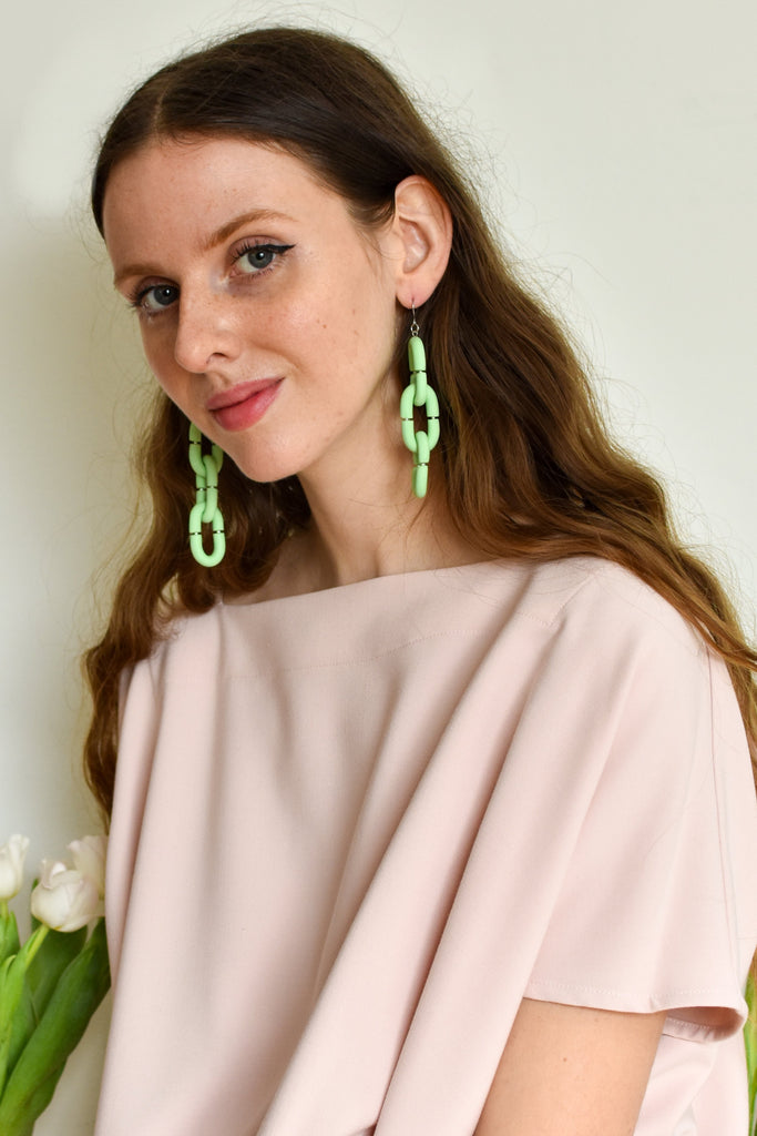 Nanana Three Chain Link Polymer Earrings (Pistachio)