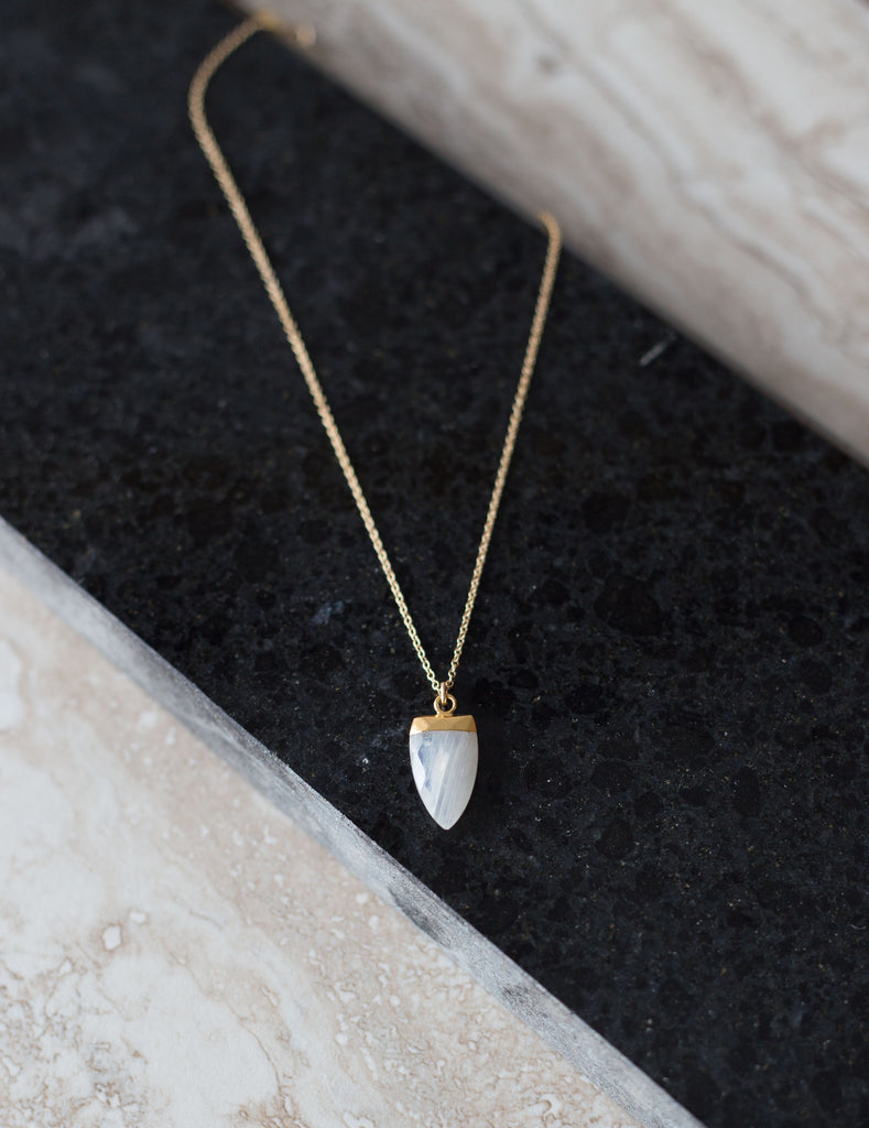 Sarah Mulder Spark Necklace Moonstone  (Silver or Gold)