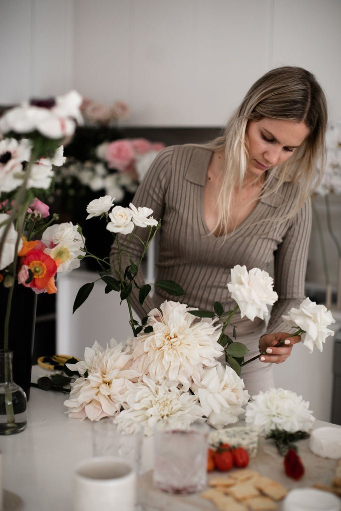 BY HAND, A HOW-TO GUIDE ON CREATING A FLORAL ARRANGEMENT WITH FLORAL STYLIST, FIFLAR