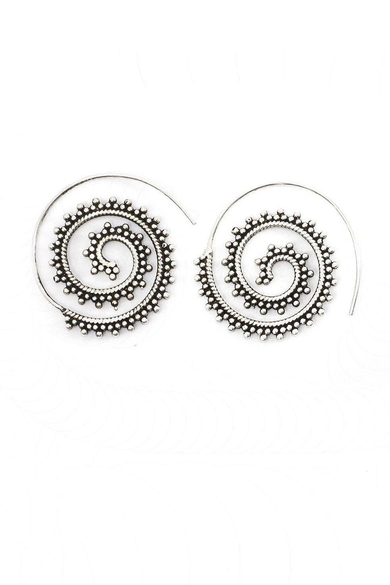 The silver spiral gypsy threader earrings are perfect for an edgy look without any weight. Simply insert the end of the earring into your ear and thread it around until it hits the design on the earring. The earring will stay in place without the need for a back.