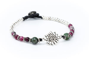 Sunflower Gemstone Macrame Bracelet in Tourmaline - Filosophy