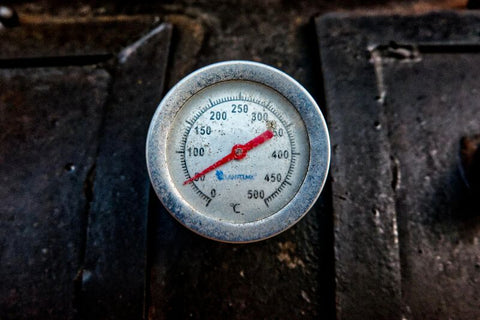 meat-thermometer-how-to-reverse-sear-steak-tools-internal-temperature