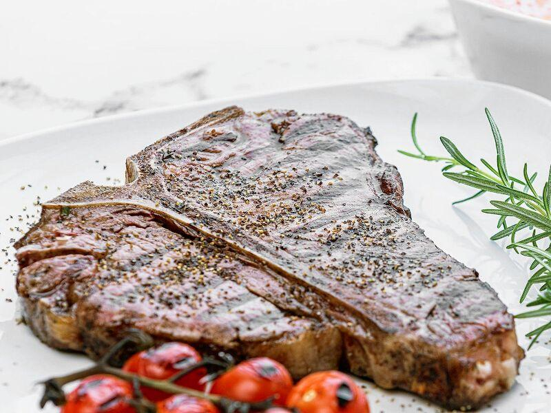 trubeef-organic-grass-fed-t-bone-steak-delivery