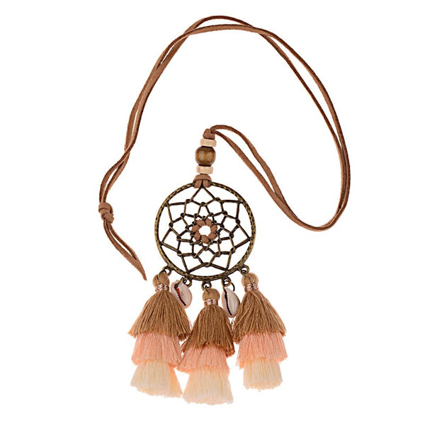 Collier Coquillages et Pompons
