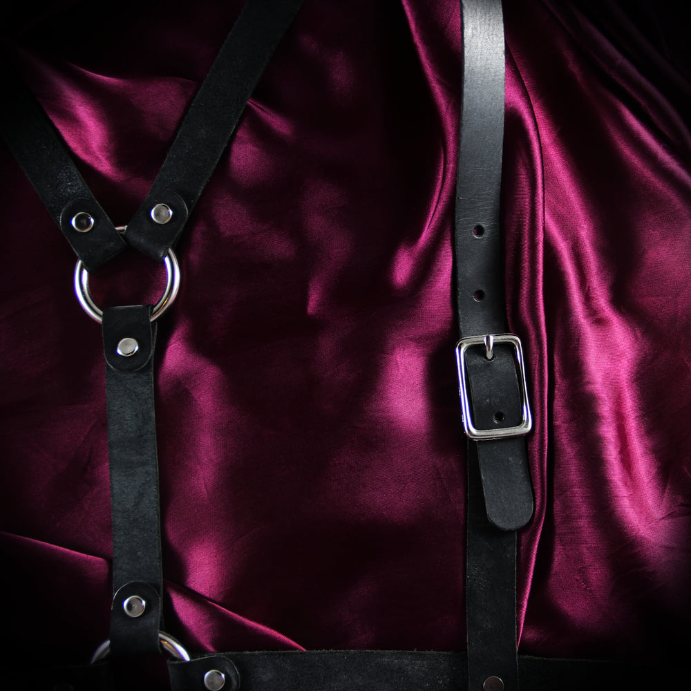 Flawed Half-Suspendered Harness