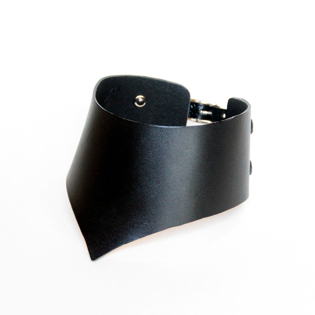 Black stiff thick leather choker, front view