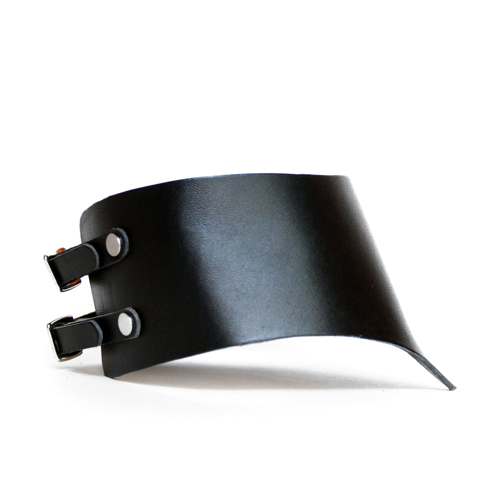 Black stiff thick leather choker, side view