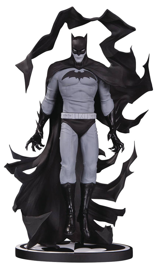 DC Collectibles Batman Black & White: Batman by Becky Cloonan Statue