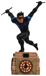 Diamond Select DC Gallery - Nightwing PVC Figure