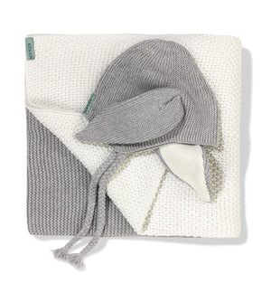 Grey Hat and blanket bundle