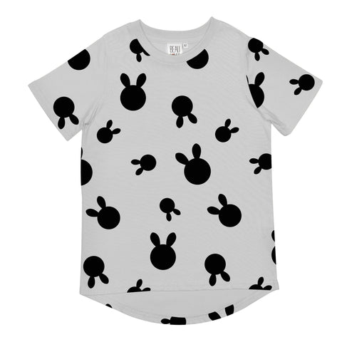 Beau LOves Short Sleeve fin T shirt, Dove Grey, Rabbit Dots