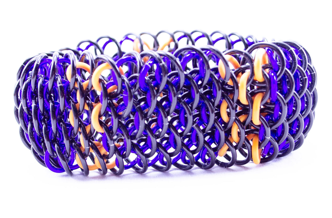 Horizontal Bars Dragonscale Cuff