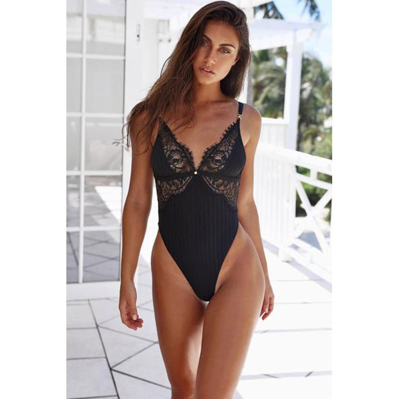 Black-Triangle-Bodysuit-LC32223-2-7