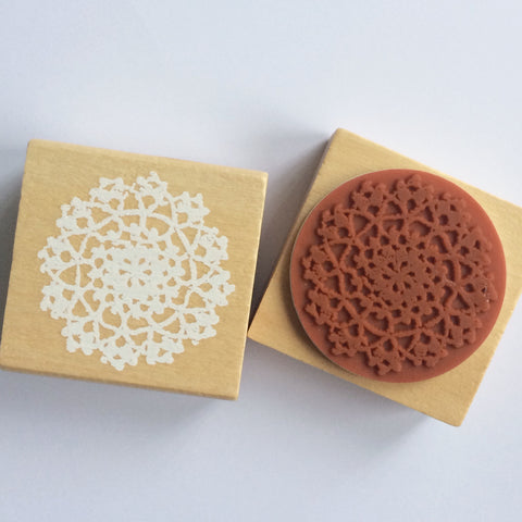 Round Lace Stamp - Large