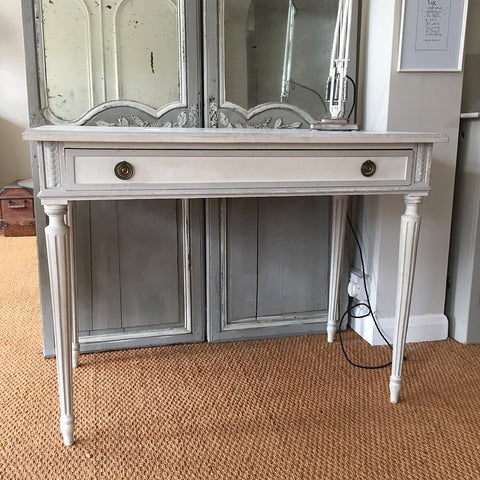 Pretty Vintage French Desk, circa 1920's painted in Old Grey paint - Decorative Antiques UK  - 1