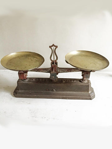 Pretty Vintage French Force Balance Scales - Decorative Antiques UK  - 1